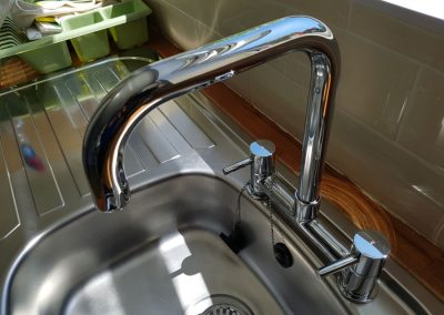 Kitchen sinks come up sparkling